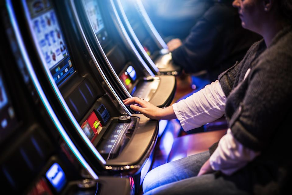 A person has a greater probability to make more money gambling than from participating in an MLM, according to the Federal Trade Commission. (Photo: Getty)