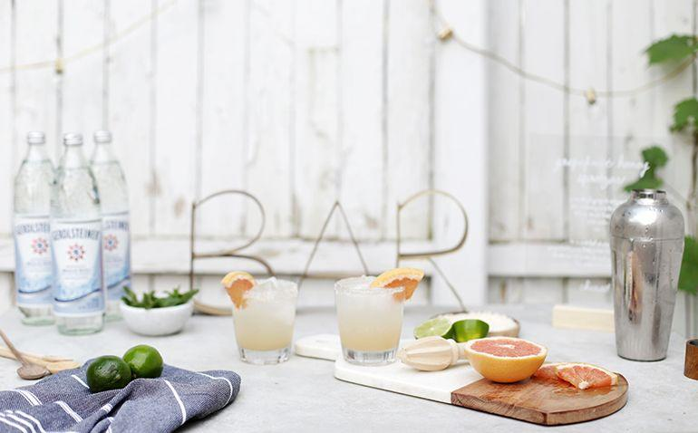 """<p>Water? Boring. Soda? Predictable. Lemonade? Overdone (but appreciated). If you're throwing a <a href=""""https://www.oprahmag.com/life/g27062048/cookout-food-menu/"""" target=""""_blank"""">summer cookout</a>, don't let the non-alcoholic drinks be an afterthought. These inventive mocktails show you've spared no detail and will delight everyone from true <a href=""""https://www.oprahmag.com/life/food/g24123585/gifts-for-wine-lovers/"""" target=""""_blank"""">wine aficionados</a> to your friends who usually just <a href=""""https://www.oprahmag.com/life/food/g27368804/4th-of-july-desserts/"""" target=""""_blank"""">come for dessert</a>. </p>"""