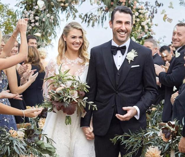 "<a class=""link rapid-noclick-resp"" href=""/mlb/players/7590/"" data-ylk=""slk:Justin Verlander"">Justin Verlander</a> and Kate Upton were married on Nov. 4 in Italy. (People)"