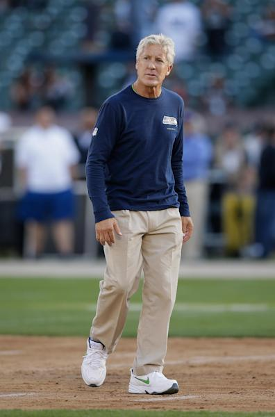 Seattle Seahawks coach Pete Carroll pictured before a preseason game against the Oakland Raiders in Oakland, California, August 28, 2014 (AFP Photo/Ezra Shaw)