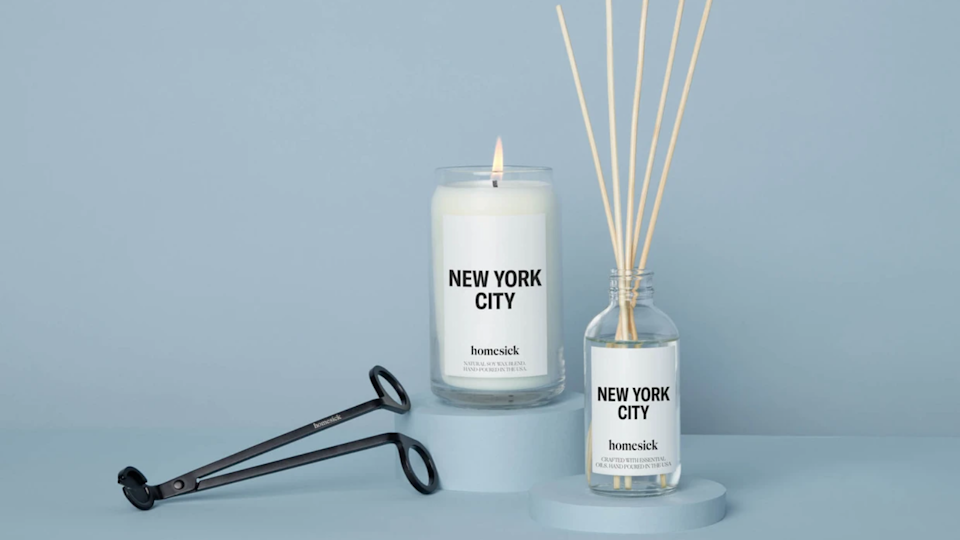 Best gifts for college students: Homesick candle