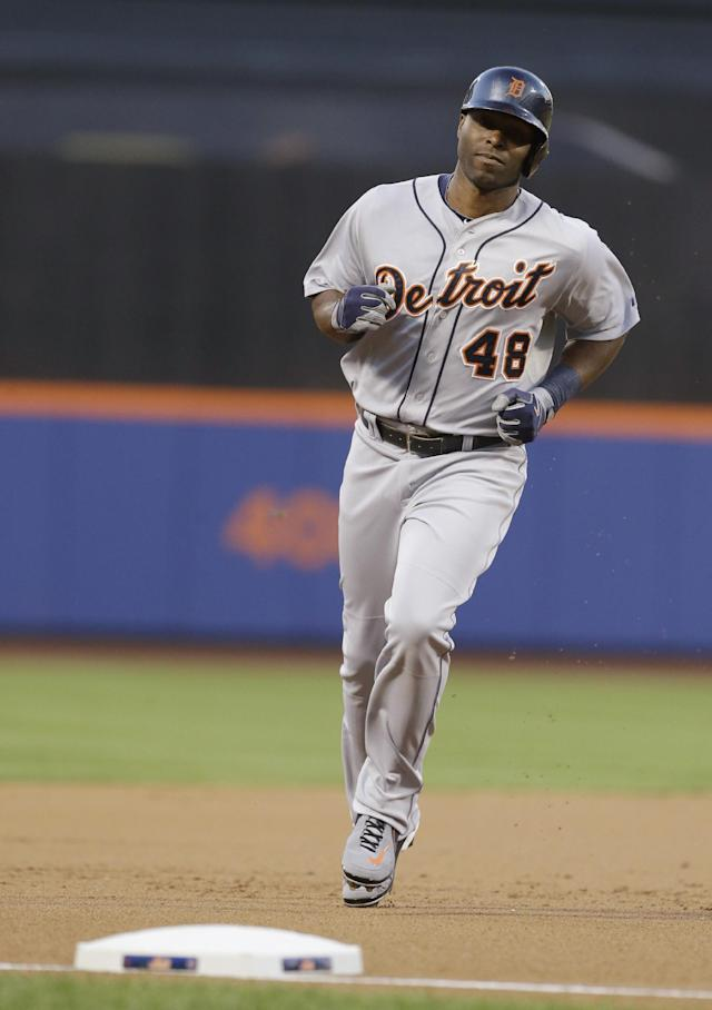 Detroit Tigers' Torii Hunter runs the bases after hitting a home run during the first inning of a baseball game against the New York Mets on Friday, Aug. 23, 2013, in New York. (AP Photo/Frank Franklin II)
