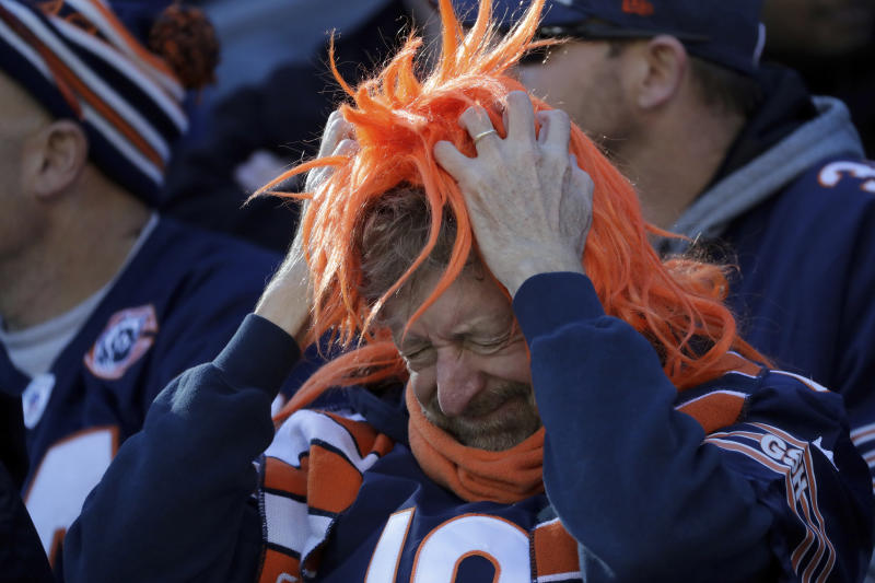 Bear fans have not been able to be enthusiastic in their off-season. (AP Photo / Nam Y. Huh)