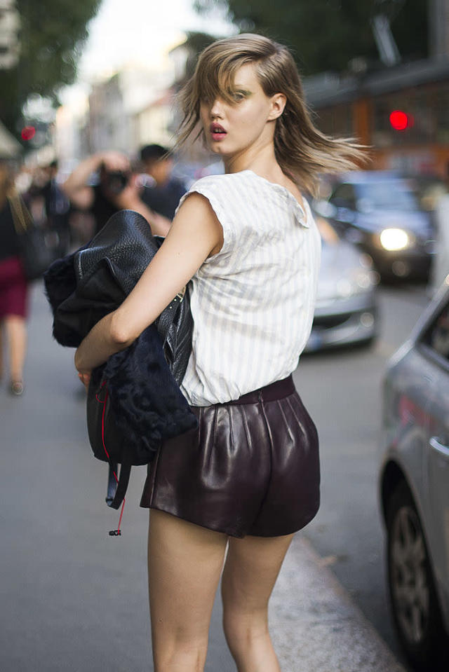 <p>Lindsey Wixson seen on the streets of Milan during 2013 fashion week. (Photo: Timur Emek/Getty Images) </p>