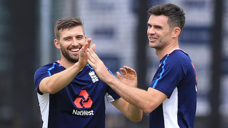 Mark Wood replaces injured James Anderson as England win toss and bat
