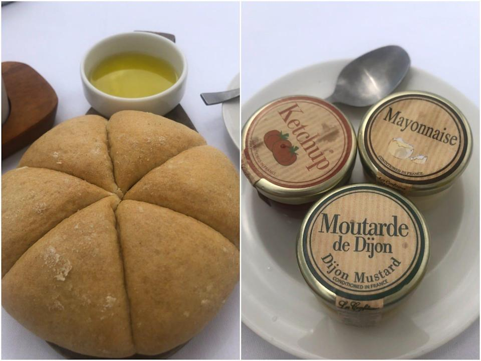 BFire Cannes restaurant bread and dips