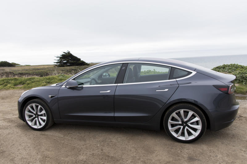 Tesla pauses Model 3 production