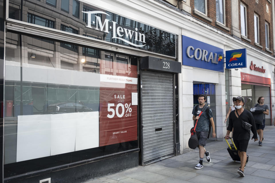 As Britain enters a period of deep recession, some shops remain closed with shutters down either temporarily or permanently as the economic downturn caused by the Covid-19 pandemic cuts hard on the high street as with shops like the shirtmaker TM Lewin 12th August 2020 in London, United Kingdom. The Office for National Statistics / ONS has announced that gross domestic product / GDP, the widest gauge of economic health, fell by 20.4% in the second quarter of the year, compared with the previous quarter. This is the biggest decline since records began. The result is that Britain has officially entered recession, as the UK economy shrank more than any other major economy during the coronavirus outbreak. (photo by Mike Kemp/In PIctures via Getty Images)