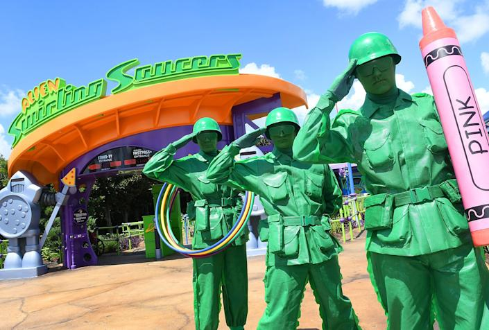 "Women will also march alongside the usual green army men&nbsp;from the movies,&nbsp;<a href=""https://www.cnn.com/2018/06/28/us/disney-park-female-troops-green-army-patrol-trnd/index.html"" rel=""nofollow noopener"" target=""_blank"" data-ylk=""slk:according to CNN"" class=""link rapid-noclick-resp"">according to CNN</a>."