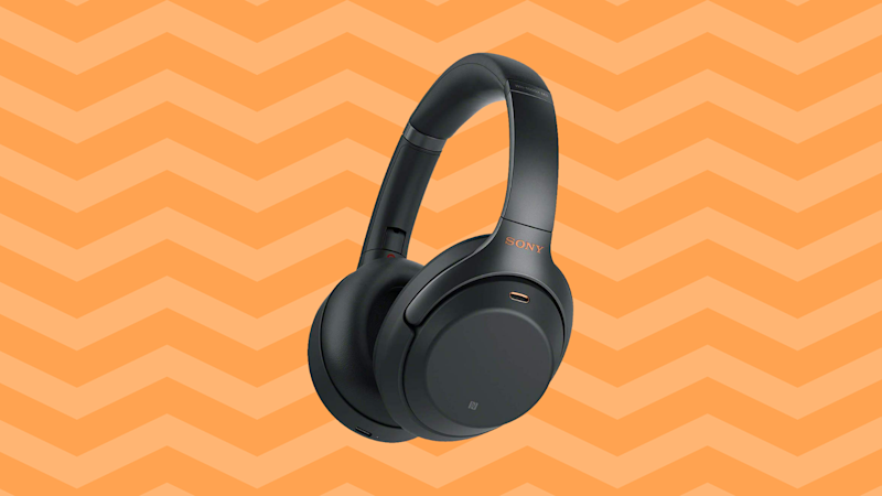 Save $148 on Sony noise-cancelling headphones (WH-1000XM3). (Photo: Amazon)