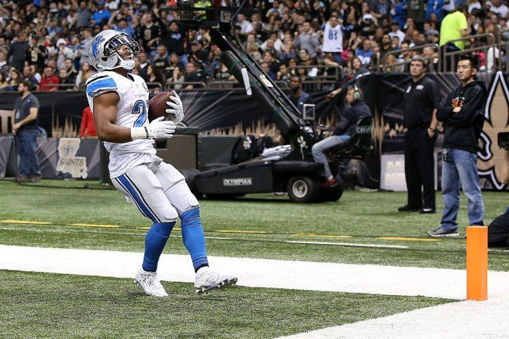 Ameer Abdullah makes a house call.