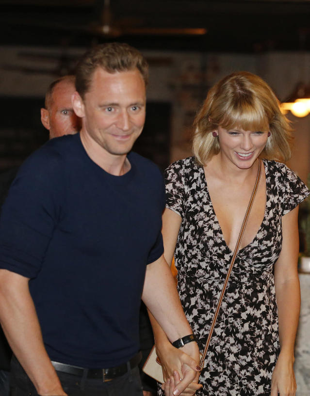 Tom Hiddleston and Taylor Swift leave a restaurant on the Gold Coast of Australia. (Photo: Jerad Williams/Newspix/Getty Images)