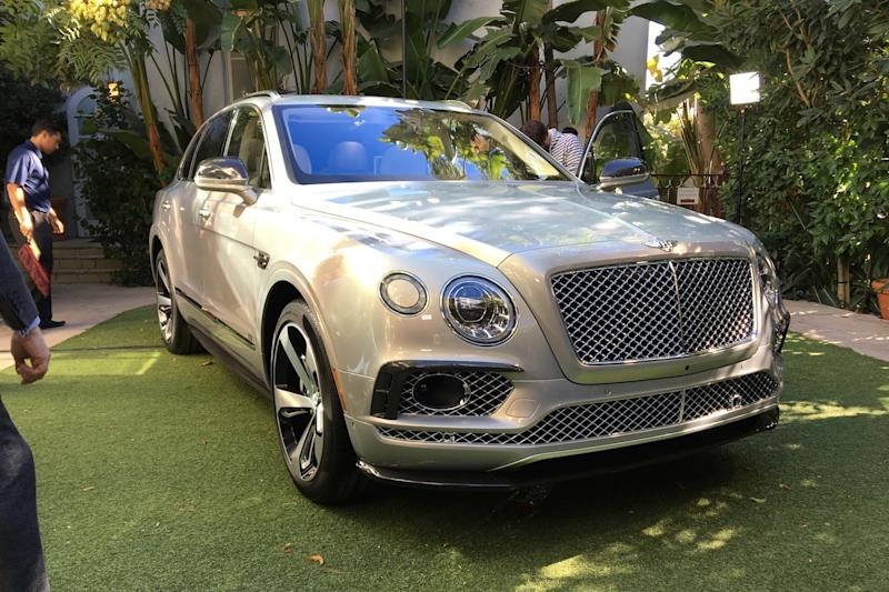 Bentley will blow the doors off nonexistent rivals with a super coupe Bentayga