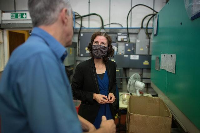 Anneliese Dodds visits Essex Injection Moulding – Southend