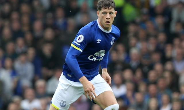 "<span class=""element-image__caption"">Everton have given Ross barley until the end of the season to make his mind up.</span> <span class=""element-image__credit"">Photograph: David Blunsden/Action Plus via Getty Images</span>"