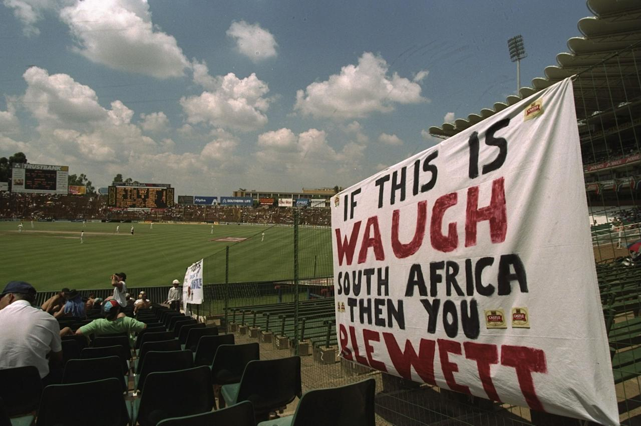 28 Feb-4 Mar 1997:  Australian fans show off their banner during the first test at Johannesburg, South Africa. \ Mandatory Credit: Mike Hewitt /Allsport