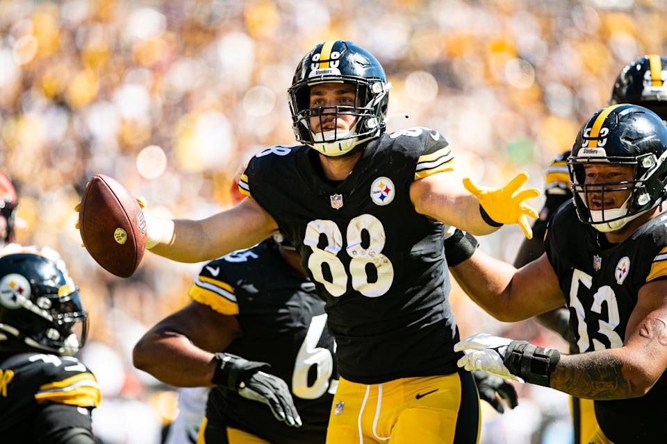Pittsburgh Steelers tight end Pat Freiermuth (88)