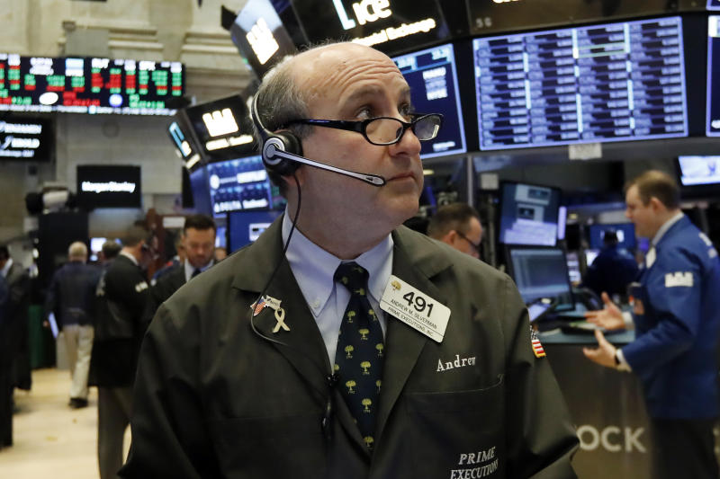 Stocks post strong finish as optimism over trade talks grows
