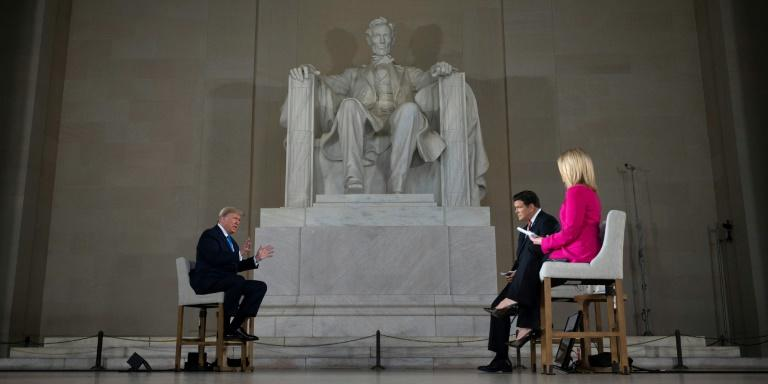 US President Donald Trump went to the Lincoln Memorial to relaunch his campaign and call for an end to the pandemic lockdown (AFP Photo/JIM WATSON)
