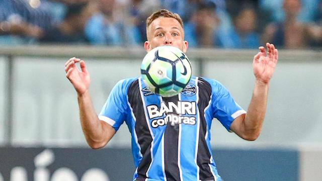 Gremio midfielder Arthur has been linked with a move to Barcelona, but speculation suggesting a deal has been struck is supposedly false.