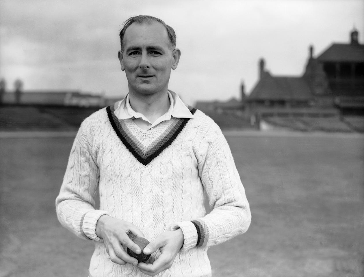 English cricketer Hedley Verity (1905 - 1943), April 1938. (Photo by Fox Photos/Hulton Archive/Getty Images)
