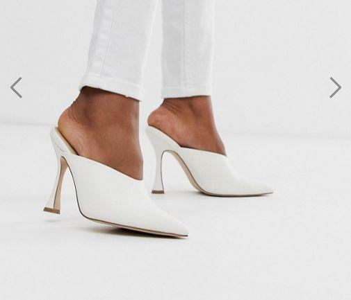 """<strong><a href=""""https://fave.co/2HlMAfc"""" target=""""_blank"""" rel=""""noopener noreferrer"""">Get themfor $64 at ASOS.</a></strong>"""