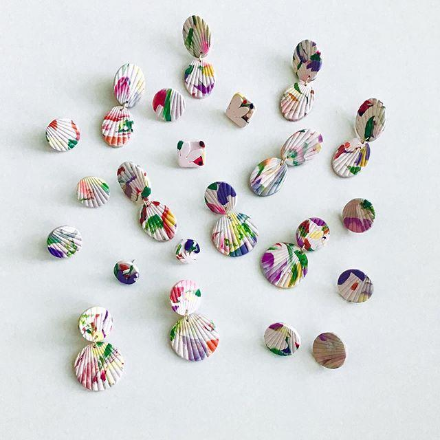 """<p>Each of the colorful clay pieces from this brand are pretty much tiny sculptures you can wear in your ears.</p><p><strong>Website:</strong> <a href=""""https://shopbrdesignco.com"""" rel=""""nofollow noopener"""" target=""""_blank"""" data-ylk=""""slk:shopbrdesignco.com"""" class=""""link rapid-noclick-resp"""">shopbrdesignco.com</a></p><p><a href=""""https://www.instagram.com/p/B-SKSDTBX_N/"""" rel=""""nofollow noopener"""" target=""""_blank"""" data-ylk=""""slk:See the original post on Instagram"""" class=""""link rapid-noclick-resp"""">See the original post on Instagram</a></p>"""