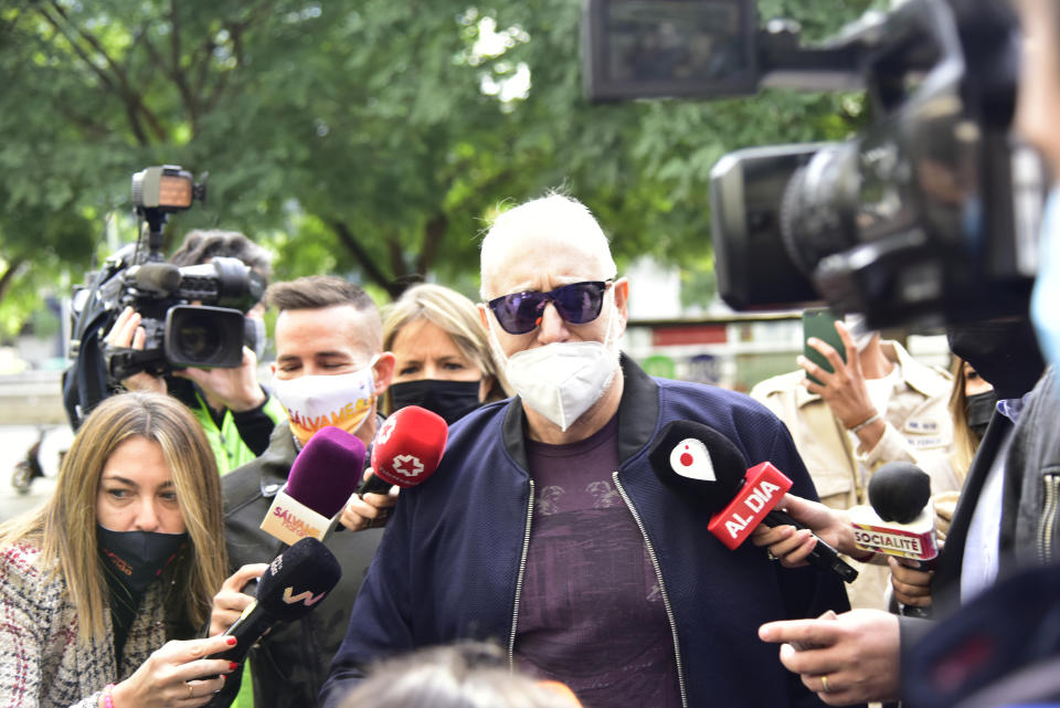 BARCELONA, SPAIN - OCTOBER 25: The television producer Josep Maria Mainat attends to the media on his arrival at the courthouse in Barcelona, in the City of Justice, on October 25, 2020 in Barcelona, Catalunya, Spain. Mainat comes out after testifying about the alleged murder attempt on the night of 22-23 June, in which his wife Angela Dobrowolski, whom he was divorcing, is suspected of trying to kill him by injecting him with insulin even though she knows he is diabetic, allegedly to keep her share of the inheritance. (Photo by David Oller/Europa Press via Getty Images)