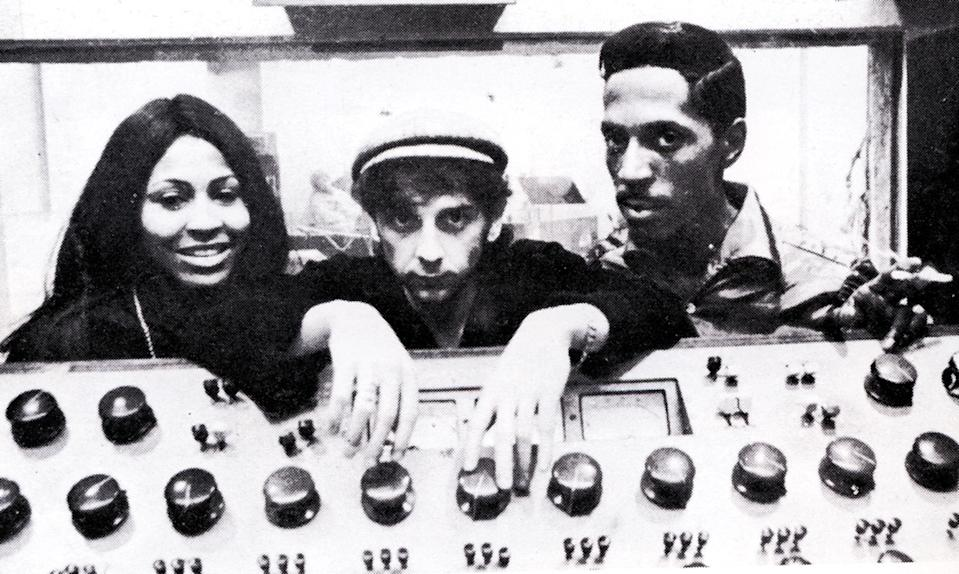 UNITED STATES - JANUARY 01: (AUSTRALIA OUT) Photo of Ike & Tina TURNER and Tina TURNER and Ike TURNER and Phil SPECTOR; with Ike Turner & Tina Turner - posed, behind mixing desk (Photo by GAB Archive/Redferns)
