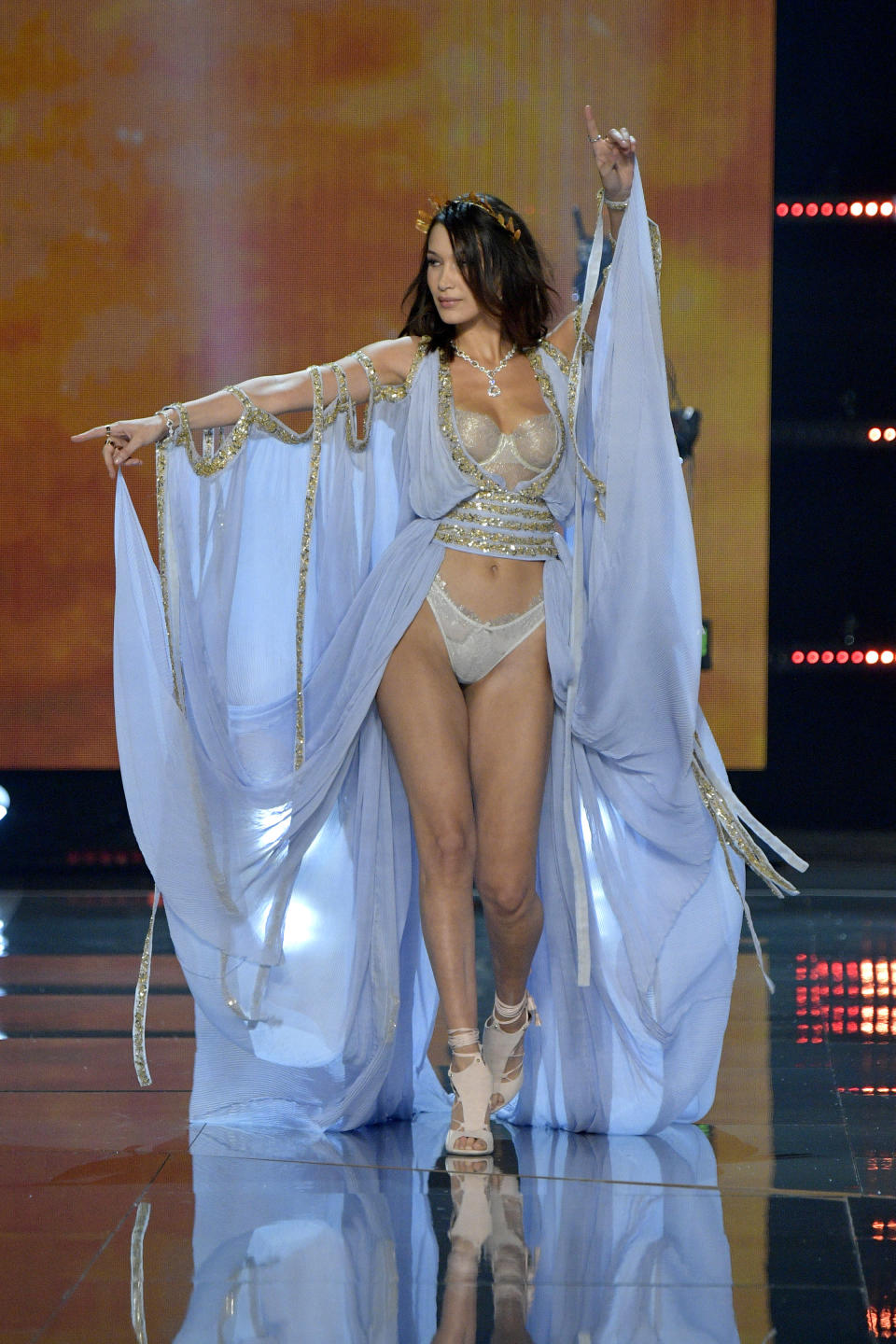 <p>Bella's older sister, Gigi, might've pulled out of the model line-up, but the 21-year-old ensured she hit headlines in this fabulous Grecian inspired look. <em>[Photo: Getty]</em> </p>