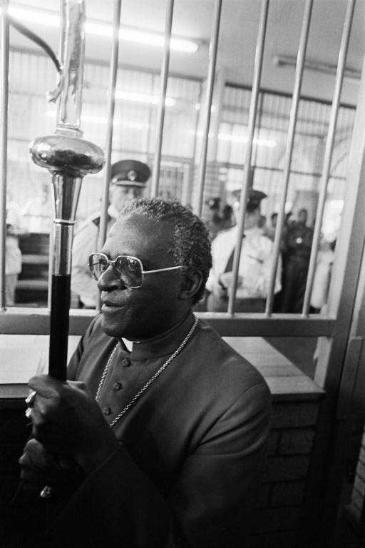 On April 3, 1985, Archbishop Desmond Tutu leads fellow-Anglican clergymen to hand in a petition calling for the release of political detainees (AFP/GIDEON MENDEL)