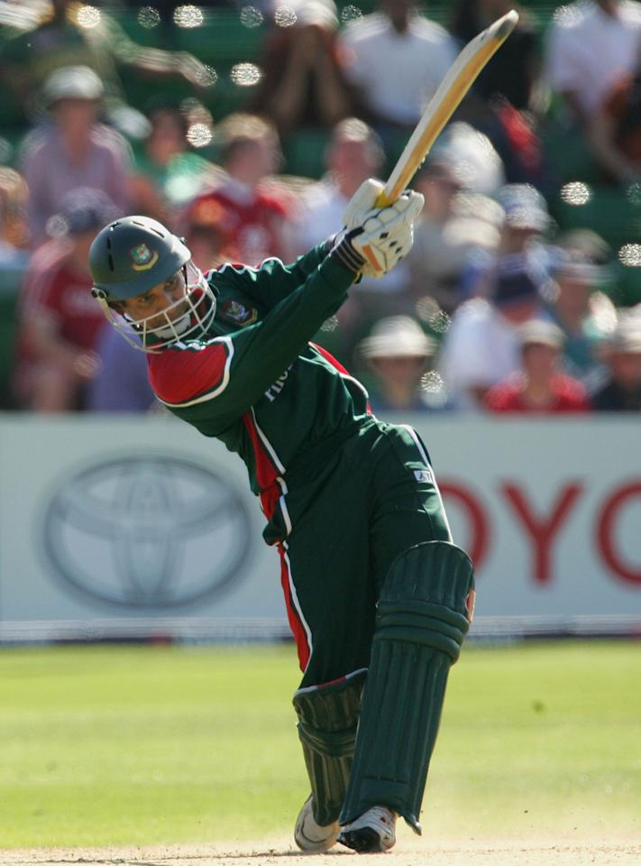 Habibul Bashar of Bangladesh in action during the NatWest Series One Day International between Australia and Bangladesh played at Sophia Gardens on June 18, 2005 in Cardiff, United Kingdom  (Photo by Hamish Blair/Getty Images)