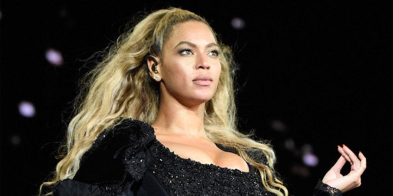 Beyoncé to Receive 2020 BET Humanitarian Award