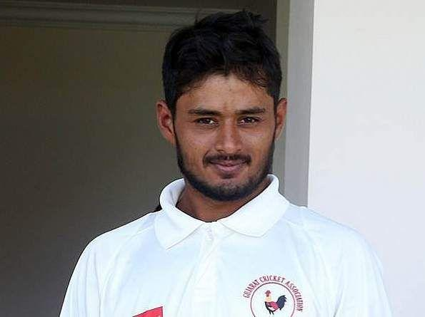 Priyank Panchal hatook over the captaincy of Gujarat from Parthiv Patel