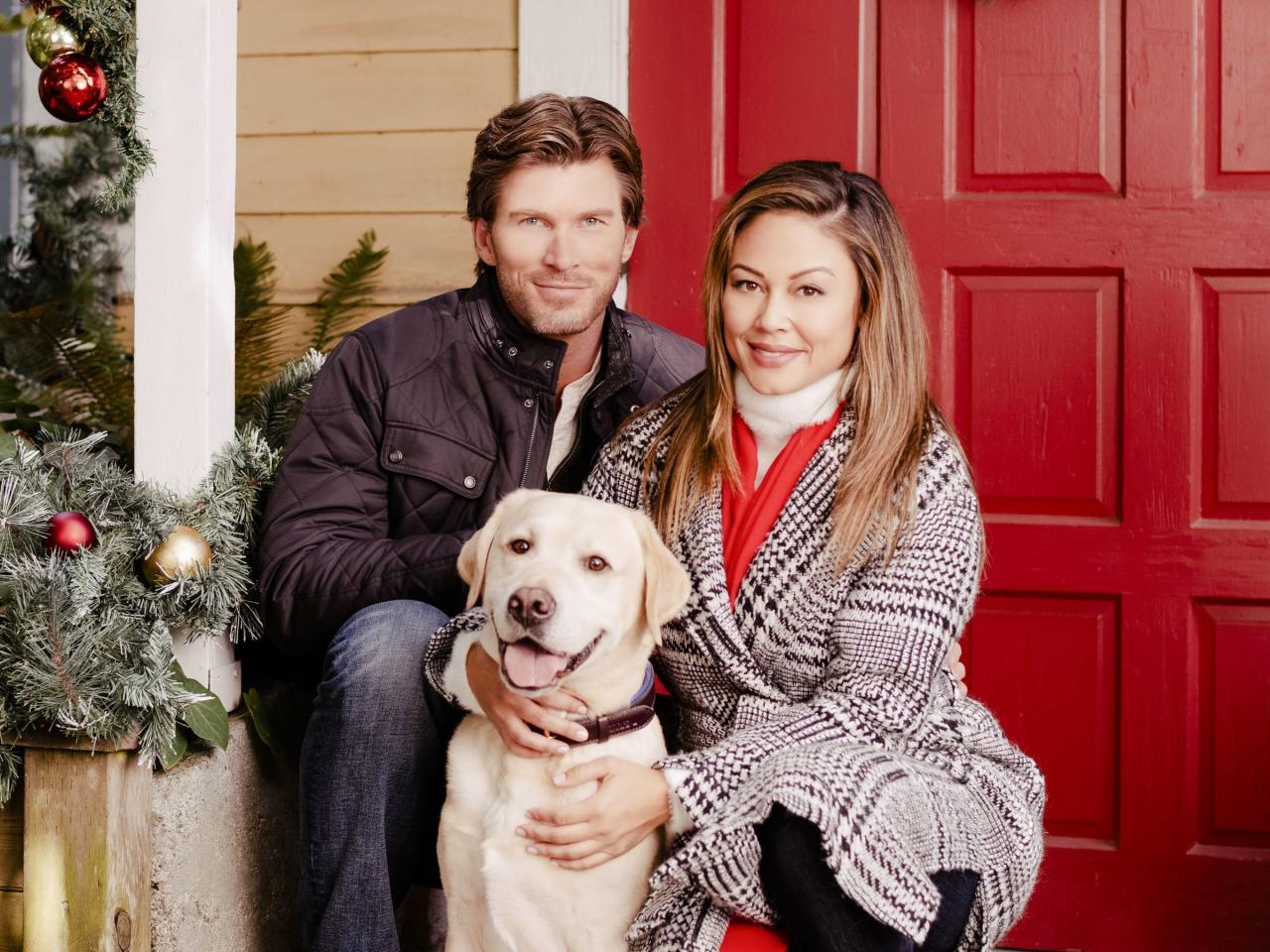 """<strong>Stars:</strong> Vanessa Lachey, Christopher Russell  <strong>Contains:</strong> Missing dog, barking up old romantic trees  <strong>Official description:</strong> """"When Becca's (Lachey) dog runs away on Christmas Eve, she must team up with her ex-boyfriend Max (Russell) to find him. As the pup leads the exes on an all-day-and-night search through their North Carolina hometown, they revisit people, places and things that remind them of the Christmas pasts they spent together."""""""