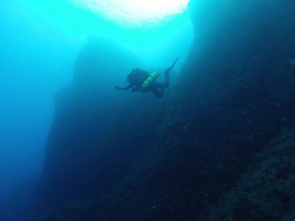 The Antikythera wreck is famed for the massive number of artifacts pulled from the site over the past century. Here divers explore the site.