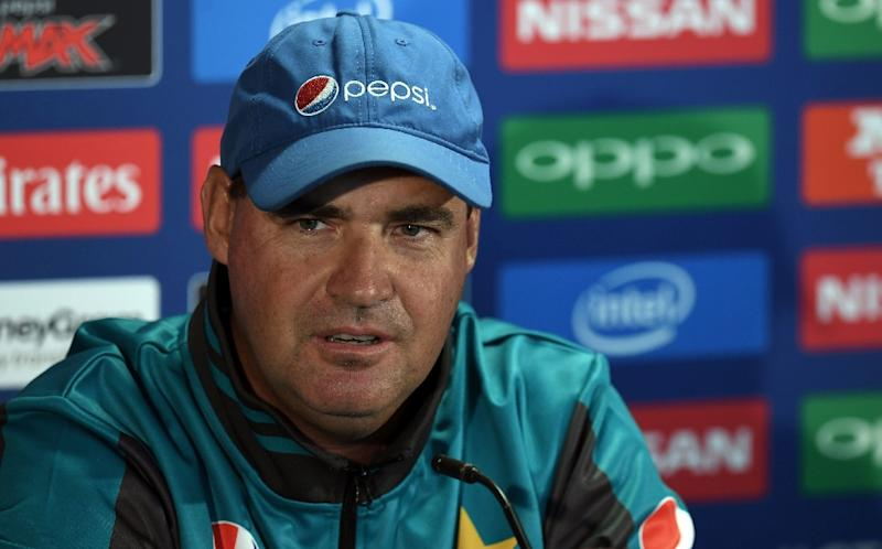 Waqar lashes out at England skipper Morgan for pitch complaint
