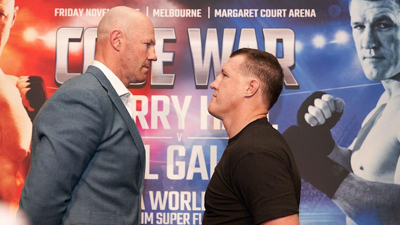 Aussie footy legends Barry Hall and Paul Gallen are scheduled to fight in November.