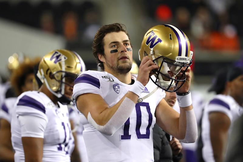 Washington QB Jacob Eason hasn't played his best ball down the stretch. (Photo by Abbie Parr/Getty Images)