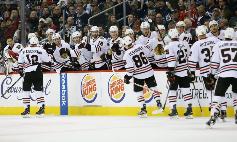 Blackhawks ban headdresses at home games, events
