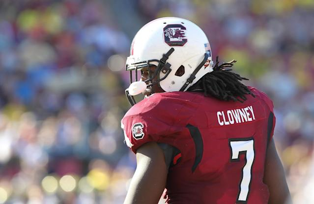 Michigan fullback's mom teases her son about Jadeveon Clowney hit