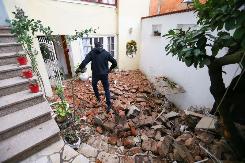 Earthquake strikes near Zagreb