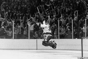 Michael Finewax looks at Team Canada 1972 and the 1980 US Olympic Hockey team and reports that both should be in The Hall of Fame