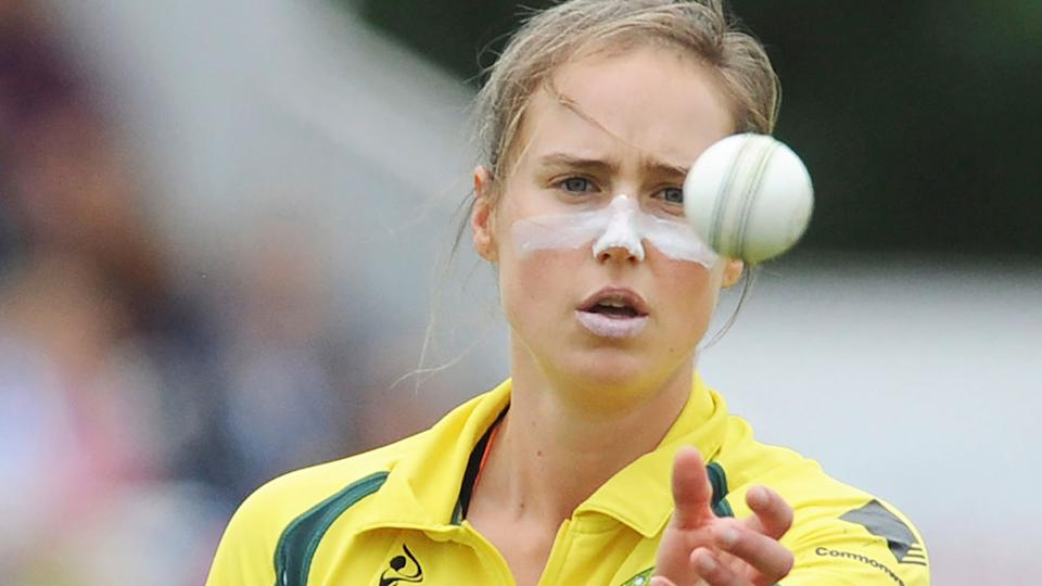 Seen here, Ellyse Perry was surprisingly overlooked for bowling duties against New Zealand.