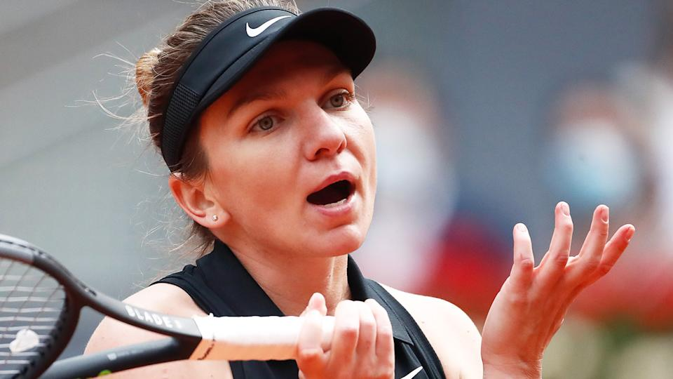 Simona Halep announced her withdrawal from Wimbledon on Instagram.