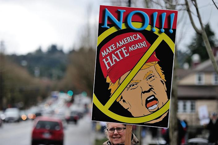 """<p>Counterprotesters demonstrate during a """"March 4 Trump"""" rally in Lake Oswego, Ore., March 4, 2017. (Photo: Alex Milan Tracy/Anadolu Agency/Getty Images) </p>"""