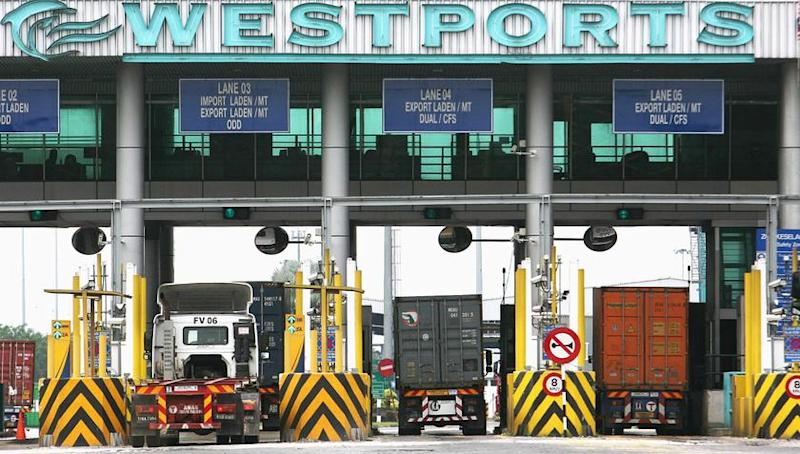 Port unions: Lower volume means less work and pay
