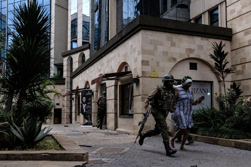 Kenyan security forces managed to evacuate some 700 civilians from the Nairobi hotel and office complex while the 20-hour attack was ongoing (AFP Photo/KABIR DHANJI)