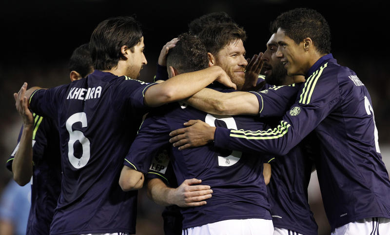 Real Madrid, Barcelona top soccer's rich list