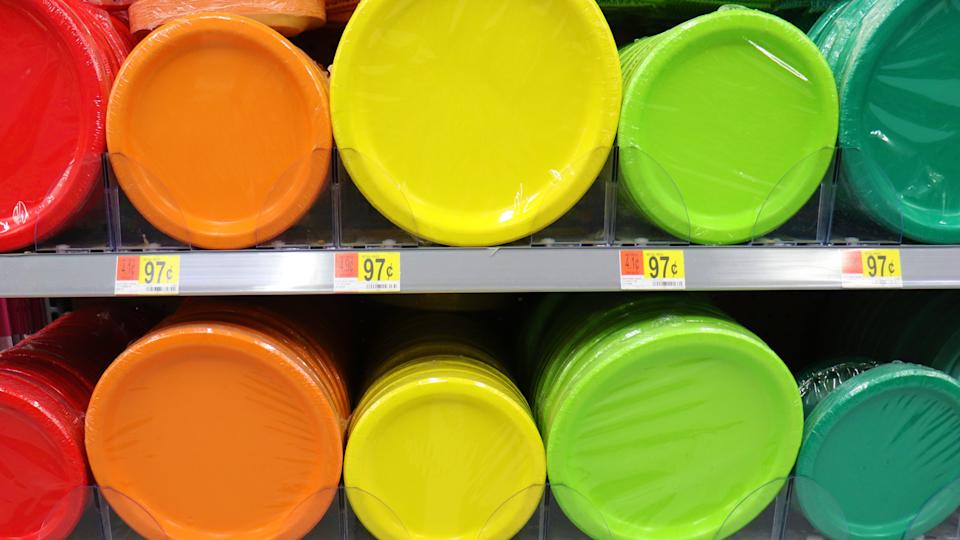 Hagrstown, Maryland / USA - December 29 2019: Color plates at Walmart on shelf.